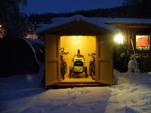 Stan and Damae's bike shed